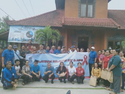 Yayasan Maha Bhoga Marga Laksanakan Pelatihan Relawan HIV/AIDS Di Desa Munduk